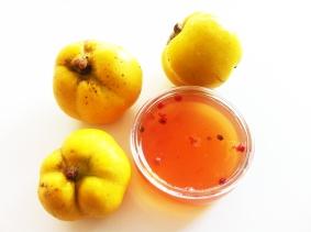 Quitten-Apfel-Gelee mit Rosa Beerren